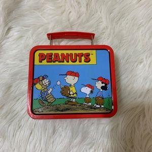 Peanuts Tin Box